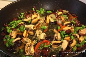 salsa-cozze-taggiasche-e-asparagi2-300x200