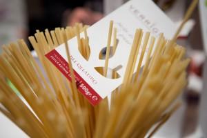 Pastificio-Verrigni-mani-d-oro-in-pasta